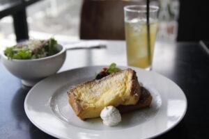 コマザワパークカフェのフレンチトースト